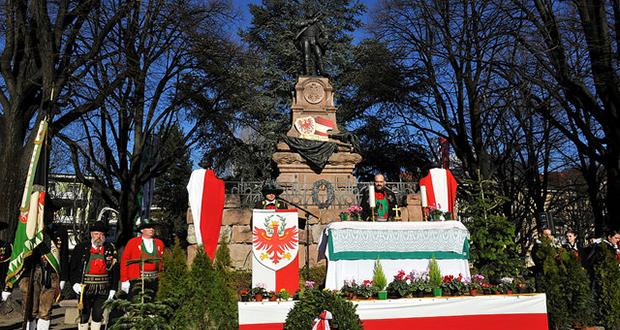 Die Andreas-Hofer-Gedenkfeier in Meran, Foto: (c) www.schuetzen.com