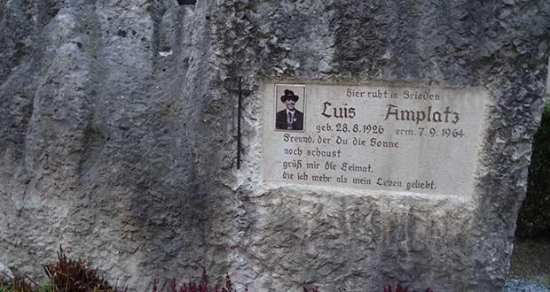 Südtiroler Heimatbund: Grabstein von Freiheitskämpfer Luis Amplatz gesäubert