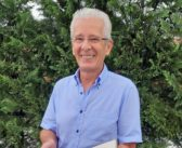 Heimatforscher Karl Saxer überlässt interessantes Fundstück über die Blumauer Schule dem Museum Steinegg